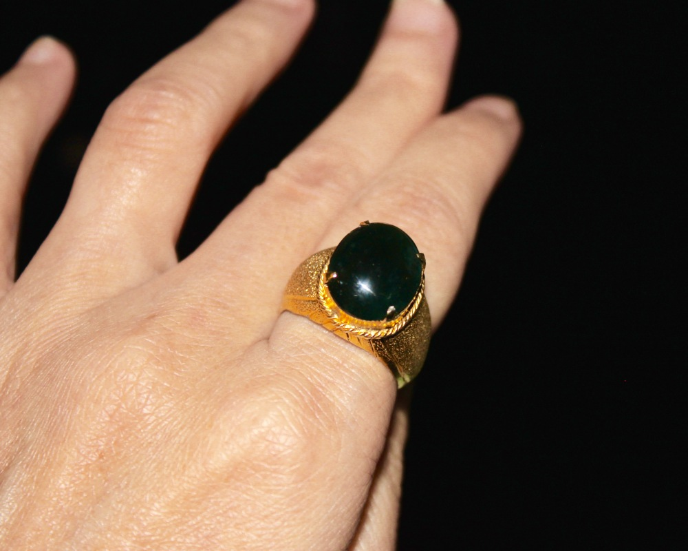bezel gemstone on images opal gold rings jewelry cabochon viomart blue set genuine black accent ring best jade yellow pinterest